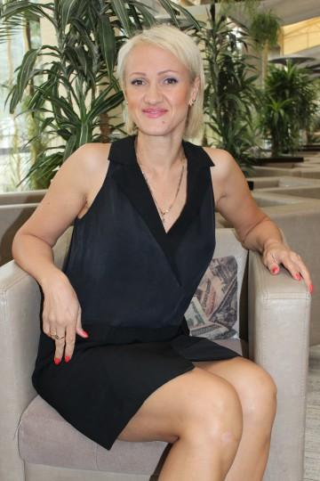 Elena IS185