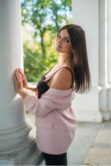 Anastasia BF157