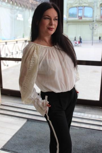 Liliya IS345