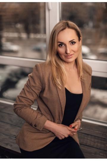 Irina BF377