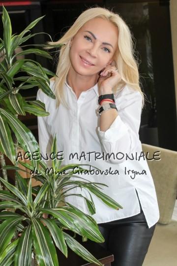 Irina IS444