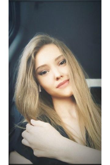 Tatiana IS483